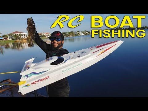 RC Boat Catches Big Fish!!!