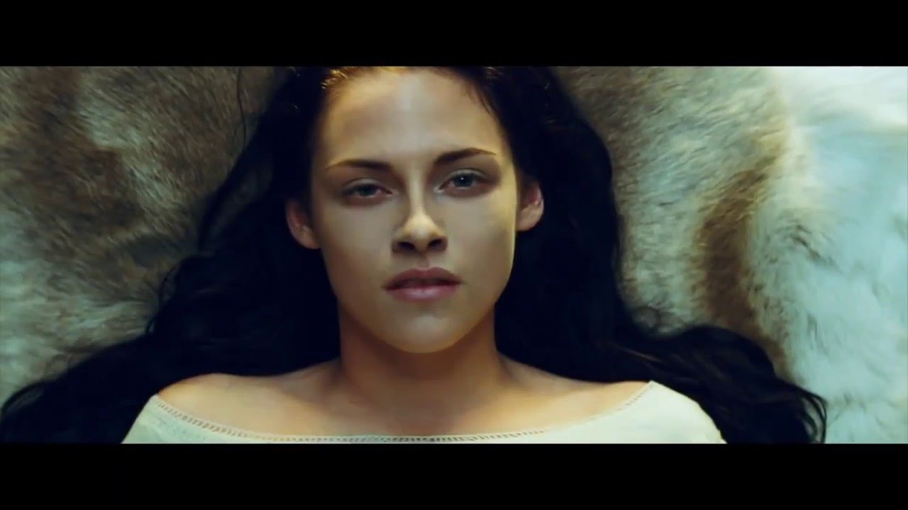 Download Halsey- Castle to Universal's Snow White and the Huntsman (Unofficial Music Video)