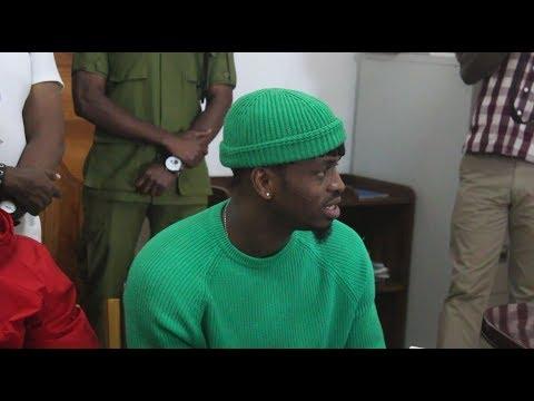 diamond-platnumz-uso-kwa-uso-na-mkuu-wa-mkoa-wa-kagera,-haya-ndio-mazungumzo-yao