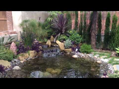 Estanque jardin con fuente nenufars y kois doovi for Cascadas jardin zen