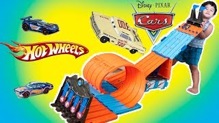 Disney Cars 3 Diecast Leroy Heming Revolting #300 racer Hot Wheels Race Crate Toy Review