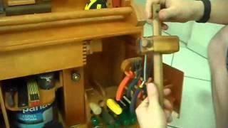 Repeat youtube video Caixa Ferramentas - Dobradiças Inteligentes