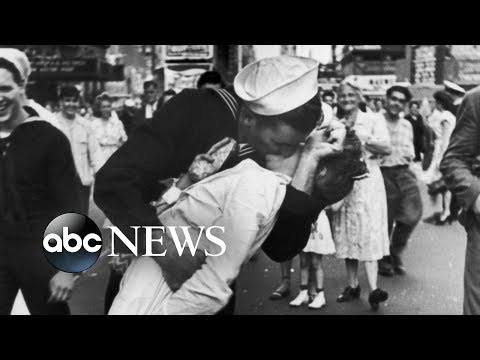 Walter Brown - WWII Sailor, famous for this kiss, has passed away.