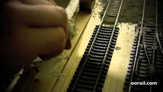 oorail.com | Paysage - Ajout de murs à un OO Jauge de chemin de fer miniature