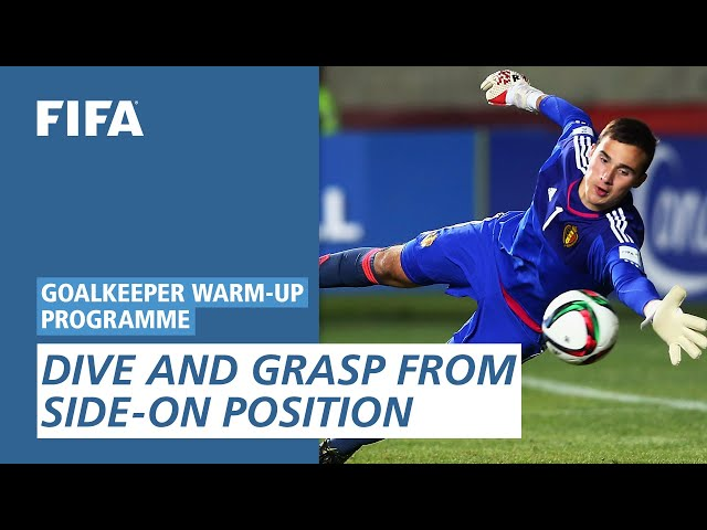 Dive and grasp from side-on position [Goalkeeper Warm-Up Programme]