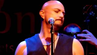 "Geoff Tate  - ""Jet City Woman / Eyes of a Stranger"" accoustic"