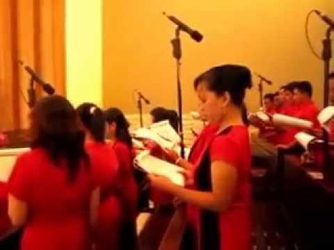 Lagu Persiapan Persembahan: Trimalah Persembahan Kami ciptaan Putut Pudyantoro. di St.Yoseph Plg.