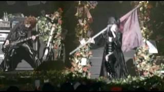 DのライブDVDよりオススメ楽曲を配信 http://www.d-gcr.com/