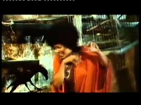 UN BLANCO VESTIDO PARA MARIALE ( Romano Scavolini ) 1972 - Trailer Casero -