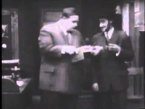 Charlie Chaplin : Mabel And Fatty's Married Life (1914)