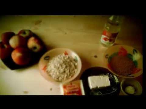 Яблочный пирог с овсянкой