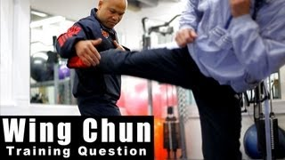 Wing Chun Training - wing chun how to deal with different kicks.Q8