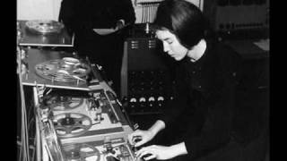 Delia Derbyshire/Blue Veils and Golden Sand
