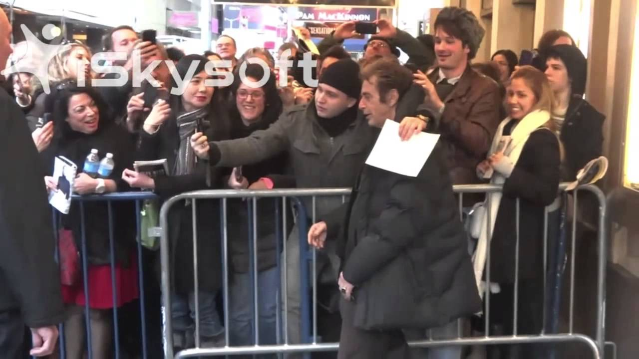Al pacino signs autographs and meets his fans on broadway youtube al pacino signs autographs and meets his fans on broadway m4hsunfo