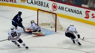 Watch: Jets light up Blackhawks for five-goal first period
