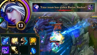 Baixar League of Legends but an AP Ashe ulti does 1000 magic damage every 20 seconds for no reason at all