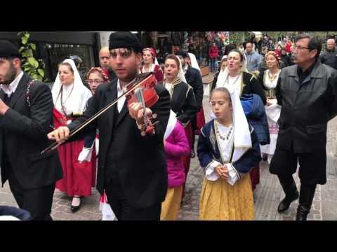 Κάλαντα Κρήτης στην αγορά των Χανίων | 24-12-2016