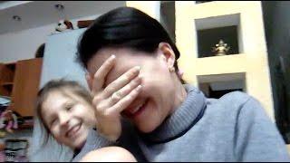 Тёма,  сделай мне массаж! 😂Алина озвучивает маму 😂Прикол! Мама говорит голосом Алины!