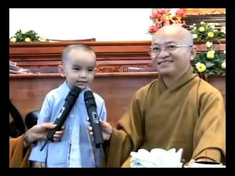 Cậu Bé 3 Tuổi Có Duyên Với Đạo Phật