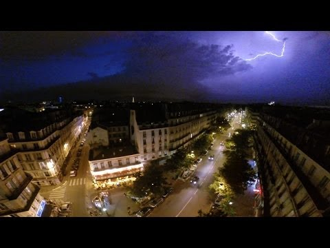 Massive Lightning Storm over Paris.... Drone captures the action