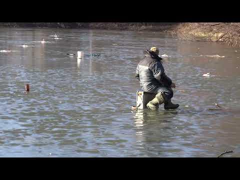 Fishing at risk to life - Kaliningrad, Russia
