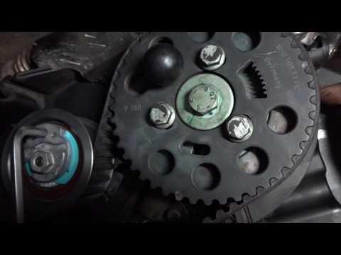 Passat b6  замена ремня грм (натяжение ролика)