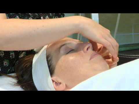 Soothing Eye Massage Treatment