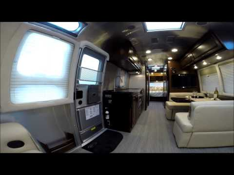 Creative Large Airstream Flying Cloud 30W Queen Full Time Camping Lifestyle | FunnyDog.TV