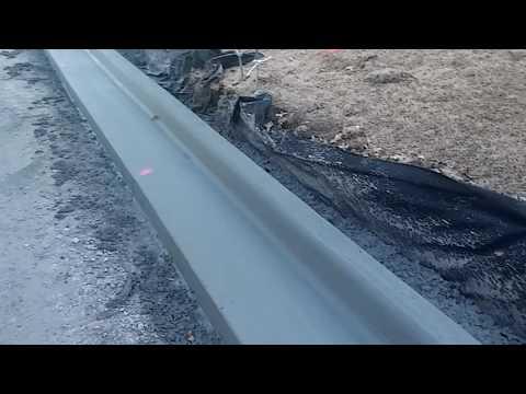concrete-contractor-tulsa-pouring-curbs.