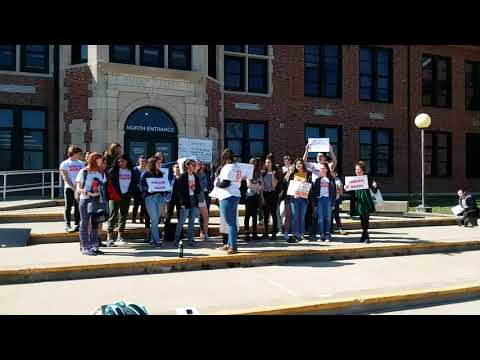 Hickman students walk out on Columbine anniversary