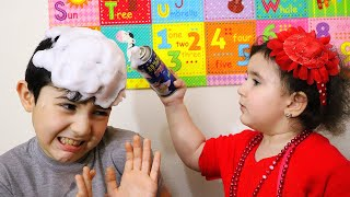 Celina pretend to be a Teacher with Hasouna - سيلينا وحسونة مدرسة