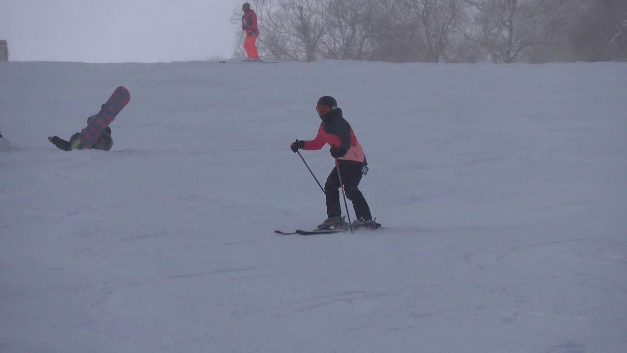 安比滑雪影片 - YouTube