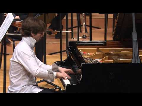 "Vladimir Sverdlov-Ashkenazy performs his own piece ""Burlesque"" for piano solo"
