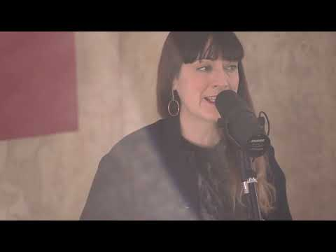 Bryde ||  TO BE BRAVE ( Live Session)