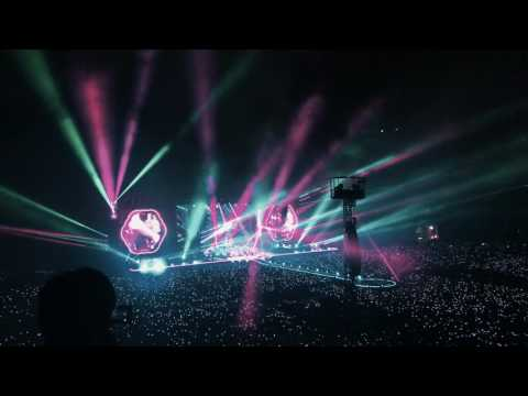 Coldplay - Sky full of stars (Live 2017 from Thailand HD)