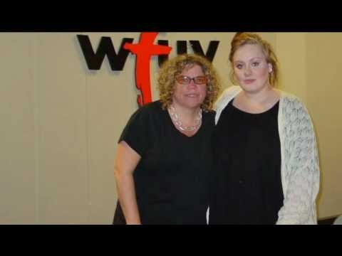 Adele - World and Music - 2008 (Interview and perfomance from 90.7 WFUV)