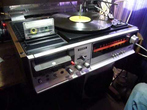 Equipo de sonido Sony, año 1970  aproximadamente.
