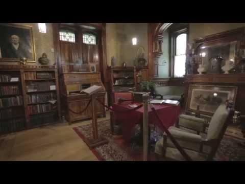 Visit the Carroll Mansion in Leavenworth, Kansas