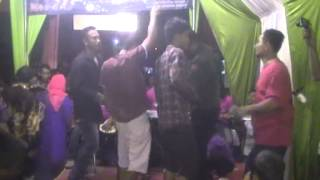 Video REVELINA EVONE OPLOSAN CHACHA ROMEO SUNTER MUARA ASTRIANA ASTO MUSLIM download MP3, 3GP, MP4, WEBM, AVI, FLV Agustus 2018