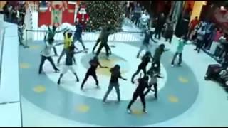Amazing Marriage Proposal at Oberon mall,Kochi   YouTube