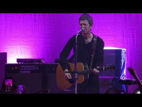 Noel Gallagher's High Flying Birds - Half The World Away - Argentina - 4/11/18