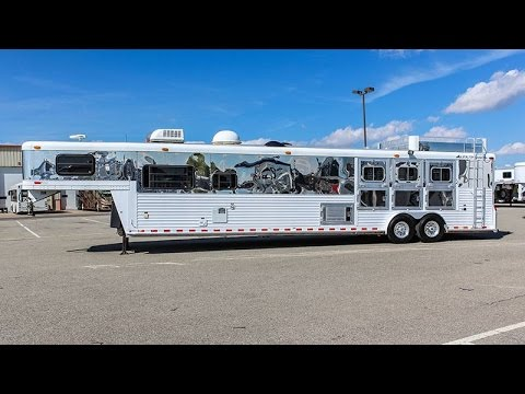 2001 ELITE 3H GN LIVING QUARTERS - Horse Trailer - Transwest Truck Trailer RV (Stock #: 5U170221)