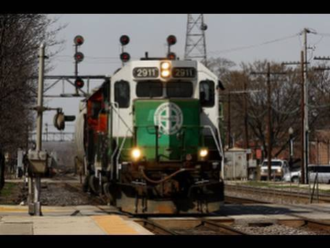 Download Chicagoland Rail Series: BNSF Racetrack Action At Downers Grove, IL. 4-1-10.