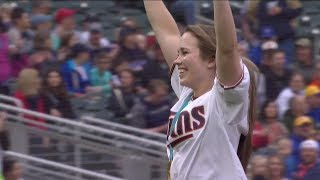 Team USA goalie Maddie Rooney throws out first pitch at Twins game