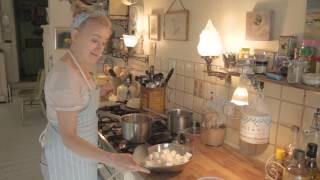 Sophie Thompson makes Uncle James's Bavarian Orange Pie