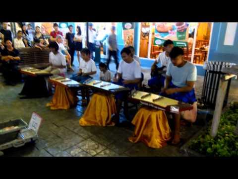 Music street show (Thai Instruments) @ Asiatique The River Front