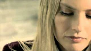 Watch Aimee Mann Real Bad News video