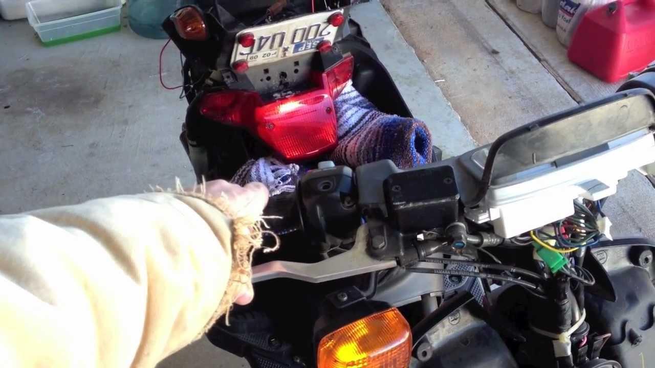 Yamaha Zuma 50cc brakesignal lights electrical problem?? | MicBergsma  YouTube