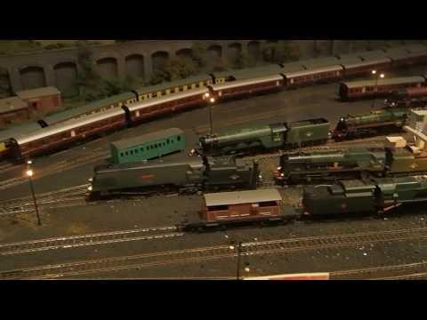 KIDSTON SHED 00 MODEL RAILWAY. HORNBY BACHMANN 2