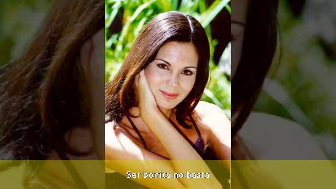 Ana Beatriz Osorio Nude Photos 24